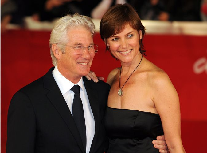 richard gere apr s 18 ans d 39 amour dont 11 ans de mariage l 39 acteur am ricain divorce. Black Bedroom Furniture Sets. Home Design Ideas