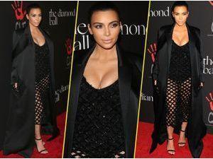 Kim Kardashian VS Zoe Kravitz : qui porte le mieux la robe Balenciaga ?