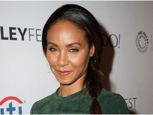 Jada Pinkett Smith : fière que Will Smith l'ait photographiée nue à son insu !