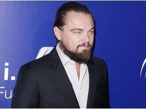 Leonardo DiCaprio : une bonne douche froide et un gros don !